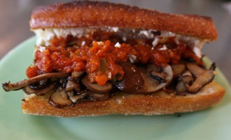 Mushroom tomato sandwiches | Nomad with Cookies