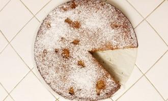 Greek apple tahini cake   Nomad with Cookies