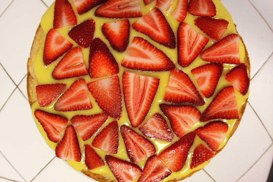Meyer lemon and strawberry shortcake tart recipe | Nomad with Cookies