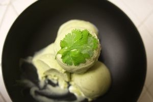 Cilantro ice cream recipe | Nomad with Cookies food blog