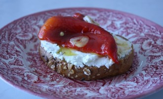 Marinated Pepper on Toast with Goat Cheese