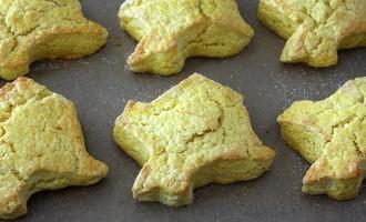 Baked Saffron Scones