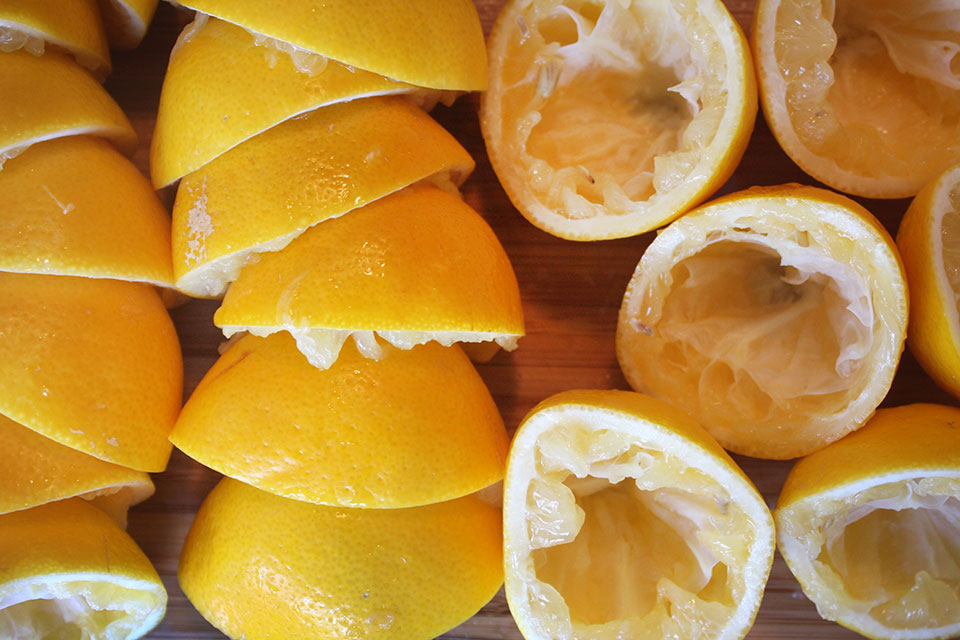Juiced lemons for kaffir lime lemonade recipe