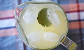 Kaffir Lime Leaf Lemonade Recipe