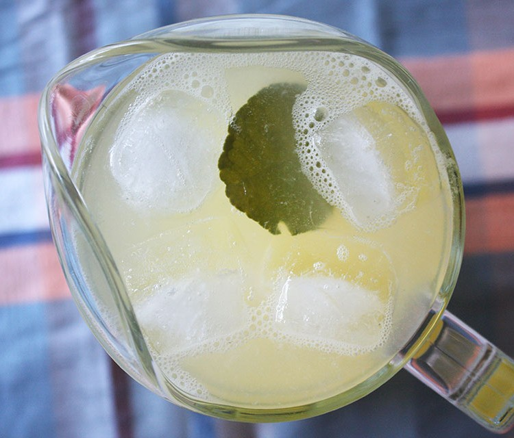 Kaffir Lime Leaf Lemonade Recipe